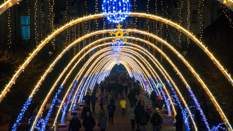 На вулицях Франківська не буде нової святкової ілюмінації (відеосюжет)