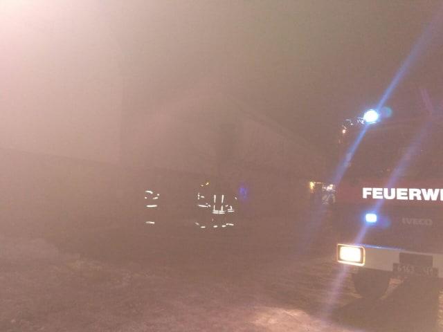 На Коновальця загорілися склади (фото)