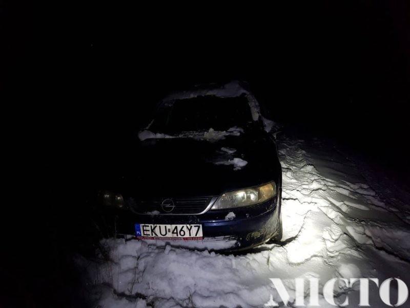 Знайшли водія, котрий збив двох людей на Коновальця. Він брехав, що його машину вкрали (фото+відео)