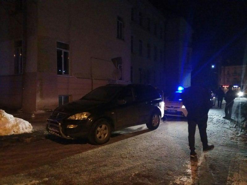 Франківські активісти допомогли патрульним затримати п`яного водія (фото)