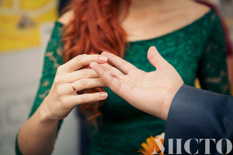 """""""Шлюб за добу"""": що треба знати про швидке одруження в Івано-Франківську (фото)"""