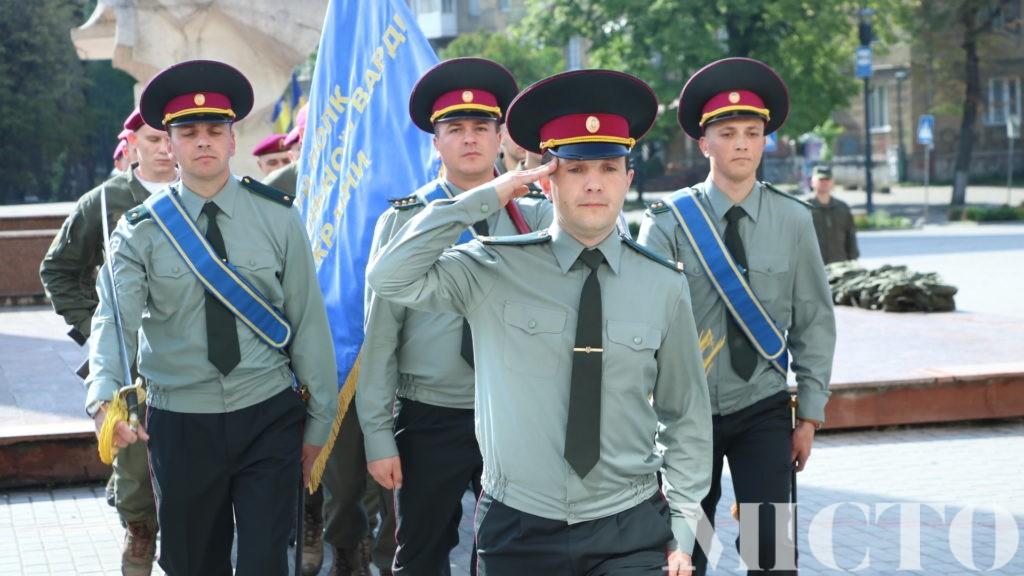 У Івано-Франківську молоде поповнення Нацгвардії урочисто склало присягу (фото+відео)