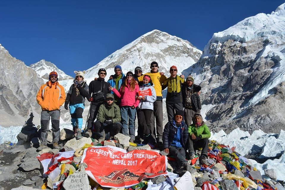 Франківець зміг підкорити найвищу вершину світу (фотофакт)