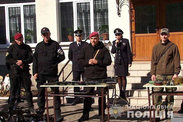 "Результат пошуку зображень за запитом ""Прикарпатські поліцейські поспілкувались з школярами"""