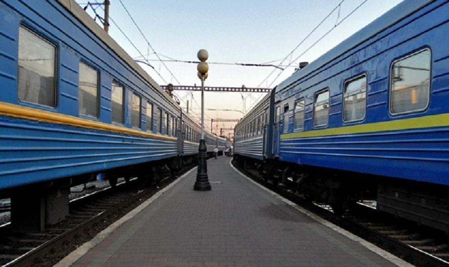 На ці вихідні Івано-Франківськ отримає додаткове залізничне сполучення зі столицею