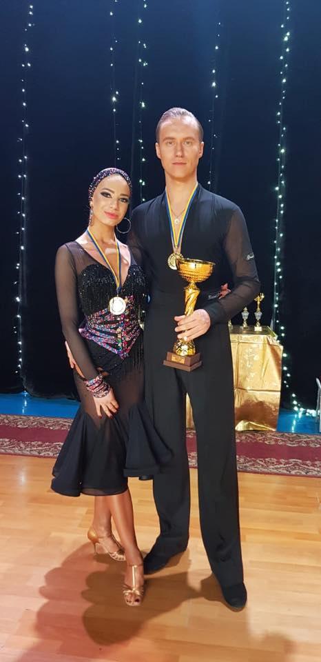 Двоє прикарпатців перемогли в чемпіонаті України зі спортивних танців (фотофакт)