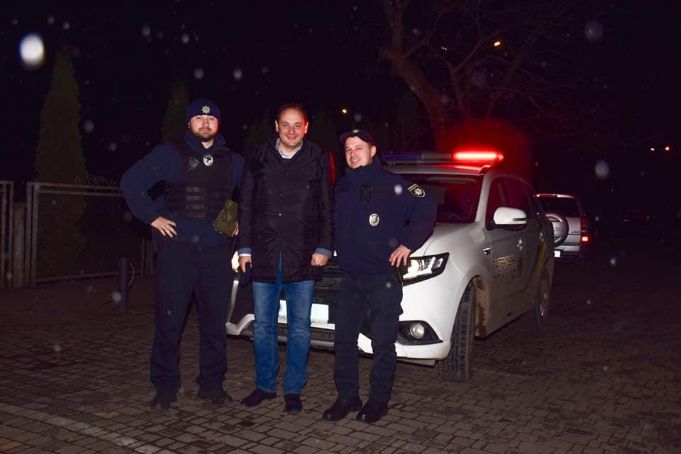 Руслан Марцінків поділився враженнями про нічне патрулювання.
