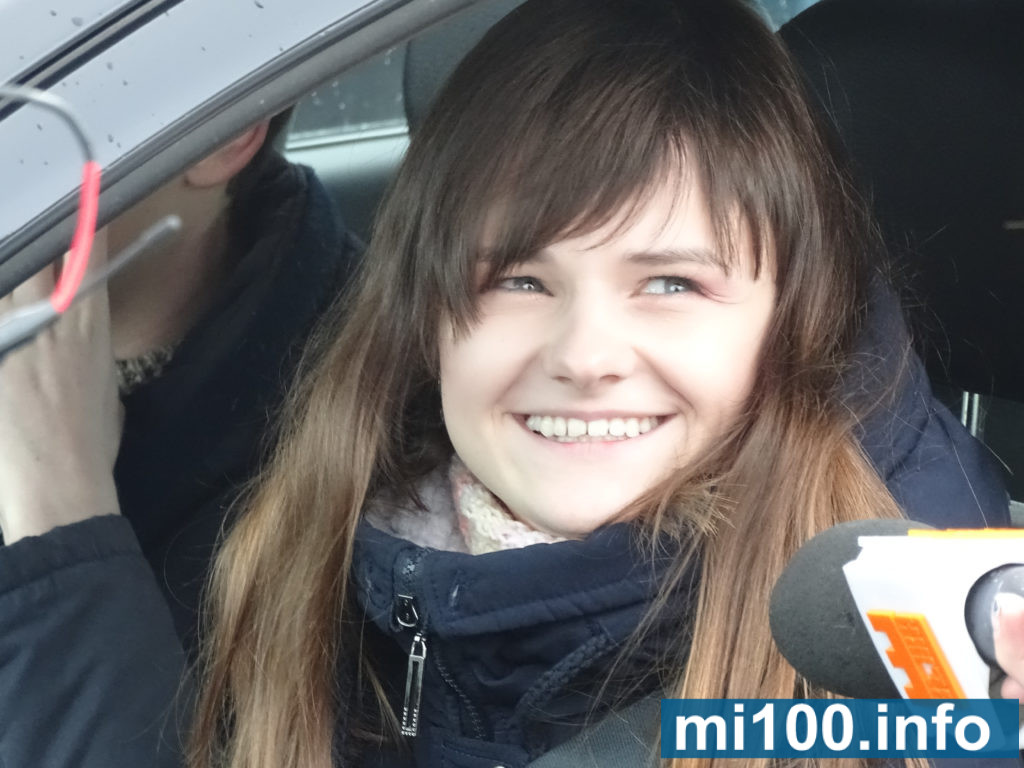 """""""Будь сильною"""": франківські жінки показали, як вміють водити авто (фото+відео)"""