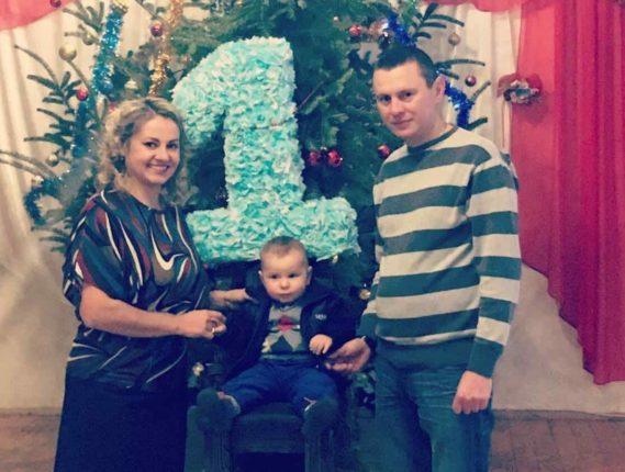 Франківська сім'я, яка довго боролася за всиновлення дитини, офіційно разом (фотофакт)