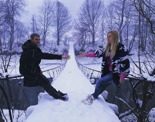 Тоня Матвієнко та Арсен Мірзоян провели зимові канікули в Карпатах (фоторепортаж)