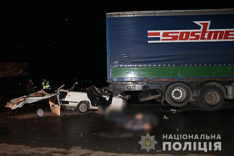 Усі учасники жахливої смертельної автопригоди, яка трапилась в четвер у Драгомирчанах, були із Старих Богородчан, і усі в автомобілі були п
