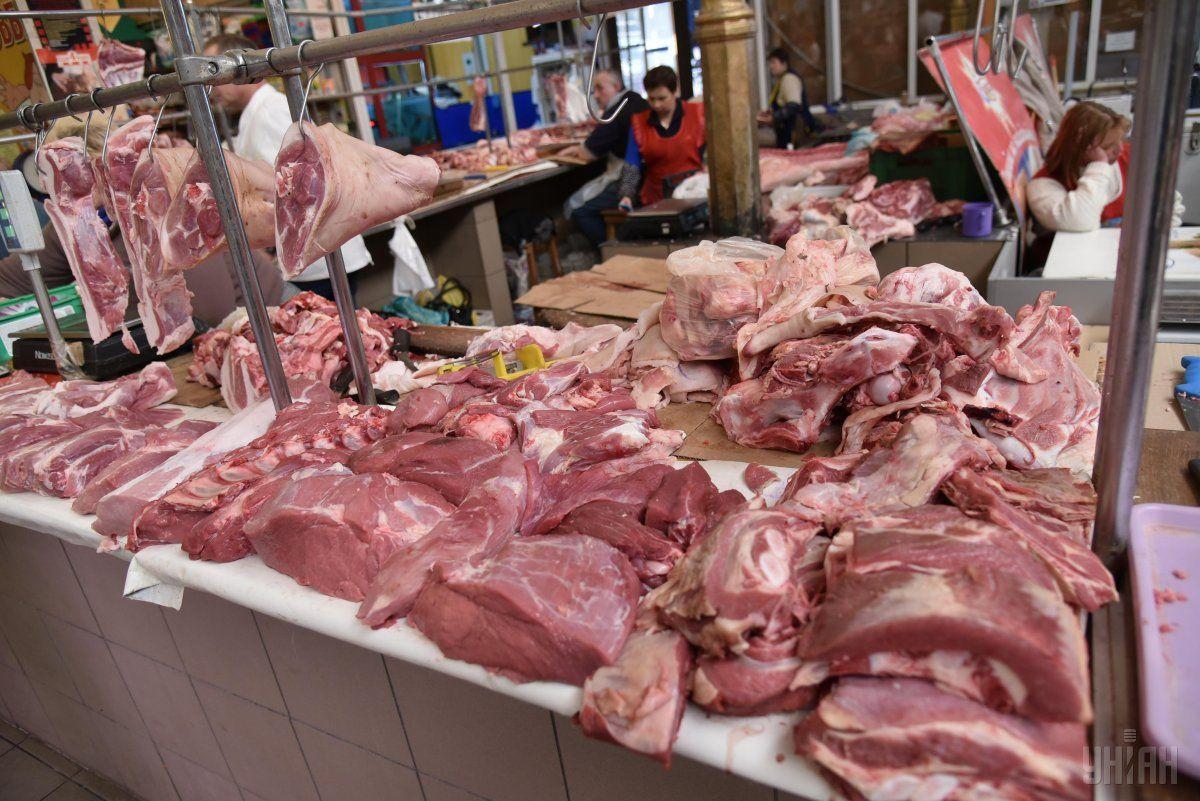 Обережно: на Прикарпаття з Нідерландів завезли небезпечну свинину