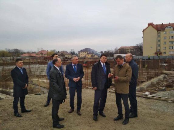 Будівництво водно-спортивного комплексу в Коломиї планують завершити за декілька років