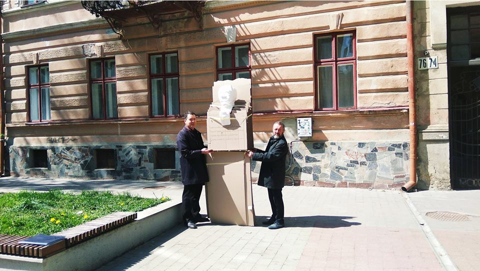 У Франківську провели макетування пам'ятника Степану Пушику (фоторепортаж)
