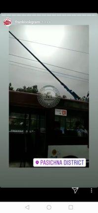 У Івано-Франківську посеред дороги поламався тролейбус (фотофакт)