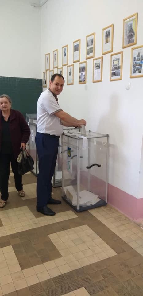 Руслан Марцінків проголосував на виборах до Верховної Ради (ФОТО), фото-1