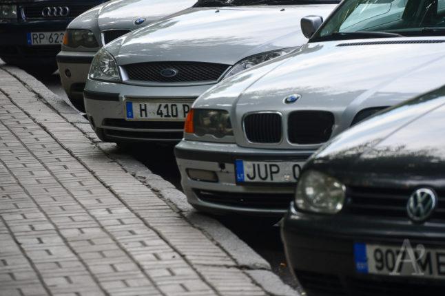 """До уваги прикарпатських водіїв! ВРУ прийняла проєкт Закону про відтермінування штрафів за нерозмитнені """"євробляхи"""""""